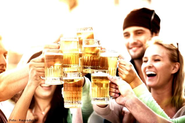 Cresce o consumo de cerveja artesanal no Brasil   Notícias Cursos CPT